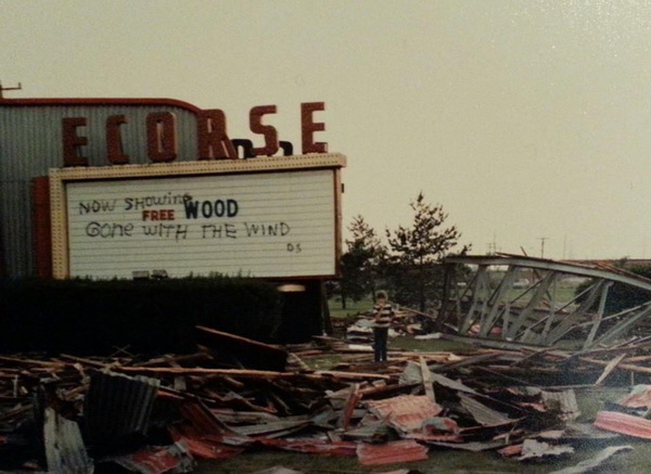 Ecorse Drive-In Theatre - FROM MICHIGAN DRIVEINS 2