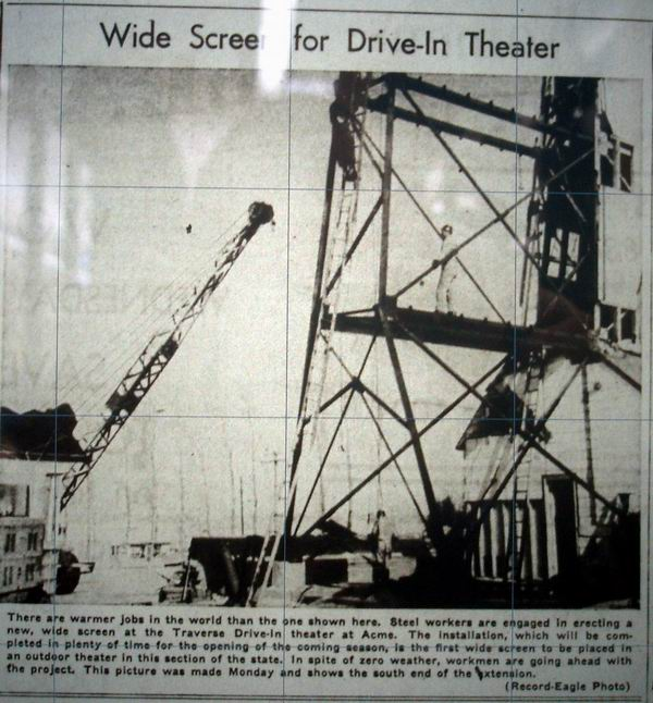 Traverse Drive-In Theatre - OLD NEWSPAPER ARTICLE FROM MICHIGANDRIVEINS