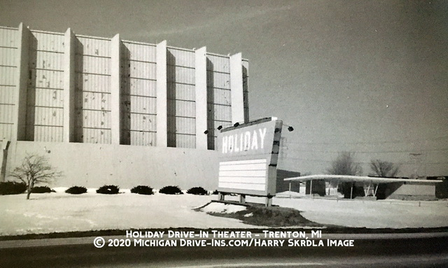 Holiday Drive-In Theatre - FROM HARRY AND RON