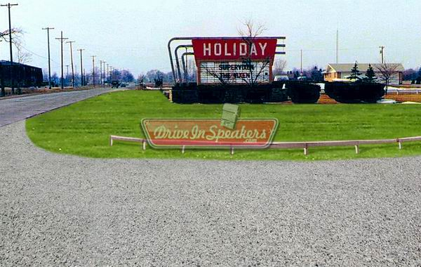 Holiday Drive-In Theatre - FROM DRIVEINSPEAKERS DOT COM