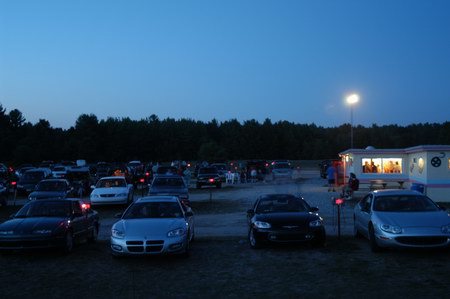 Cherry Bowl Drive-In Theatre - CARS IN LOT FROM WWW