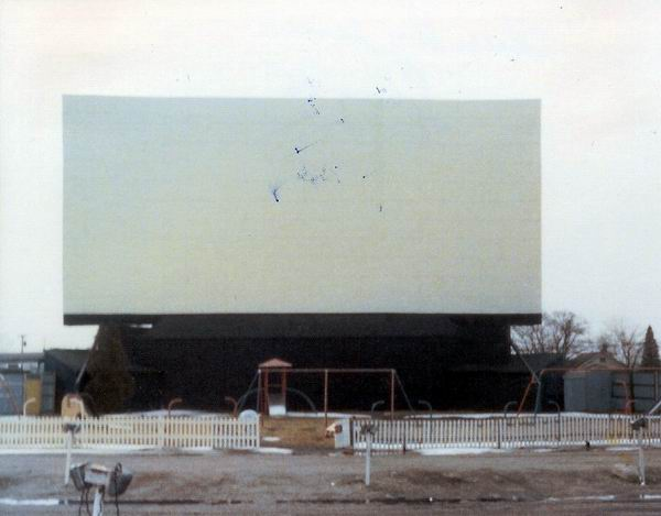 Blue Sky Drive-In Theatre - 1975 SCREEN FROM GREG