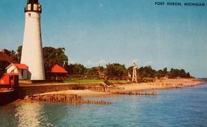 OLD CRANE LIGHTHOUSE PORT HURON