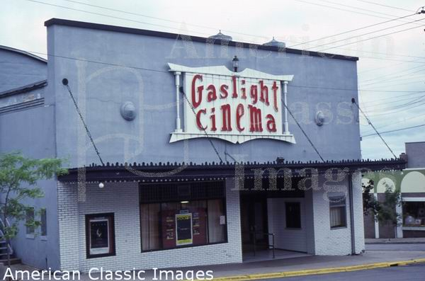 Gaslight Cinema - FROM AMERICAN CLASSIC IMAGES