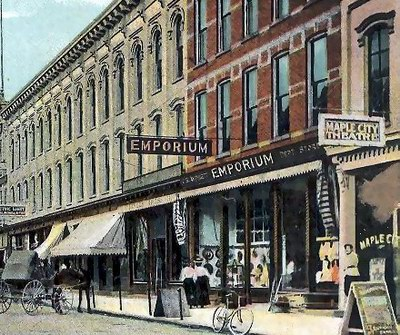Maple City Theatre - OLD POST CARD