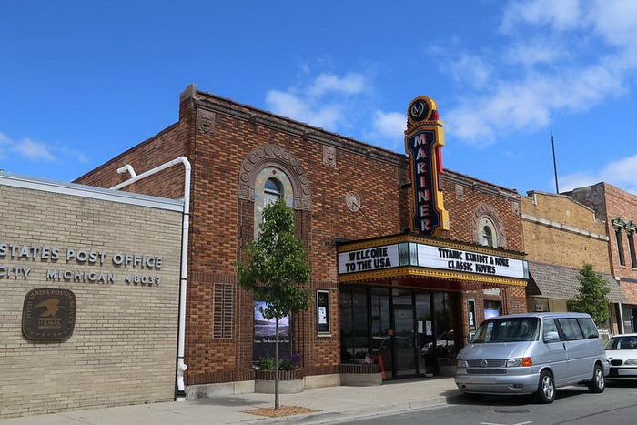Mariner Theatre - FROM BRUCE WICKS