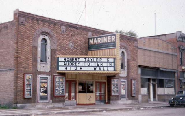 Mariner Theatre - COURTESY AL JOHNSON