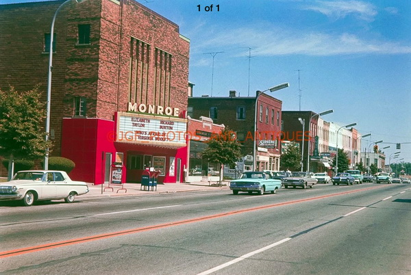 Monroe Theatre - OLD POST CARD VIEW