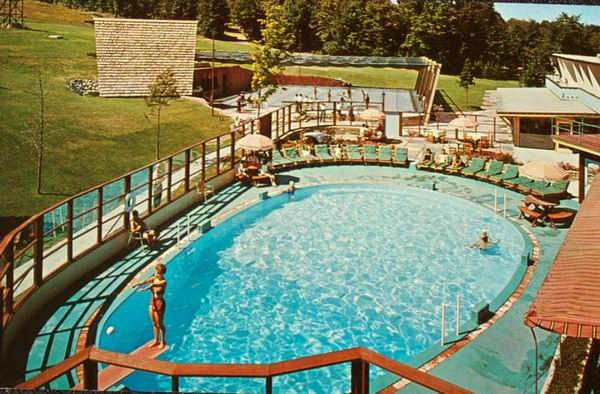 BOYNE MOUNTAIN POOL