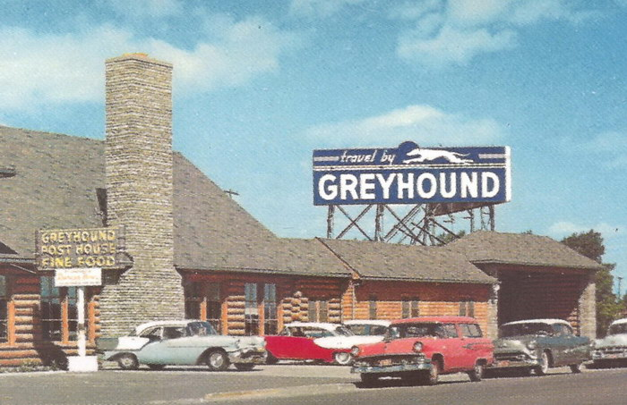 MACKINAW MICHIGAN GREYHOUND BUS