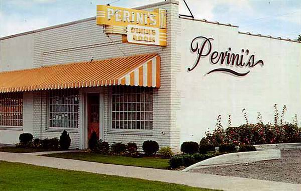 PERINIS DINING ROOM DETROIT